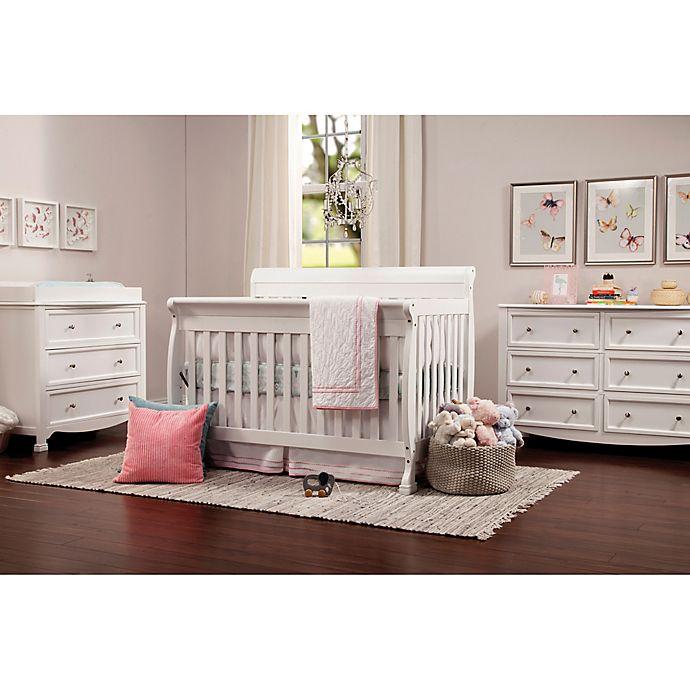 DaVinci Kalani Nursery Furniture Collection i vitt    Sängbad.