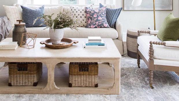 Titta på 4 enkla och olika soffborddesignidéer i 1 minut