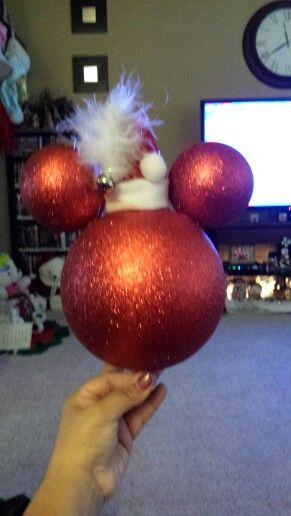 Pin av penny vigil på julidéer |  Disney julgran.