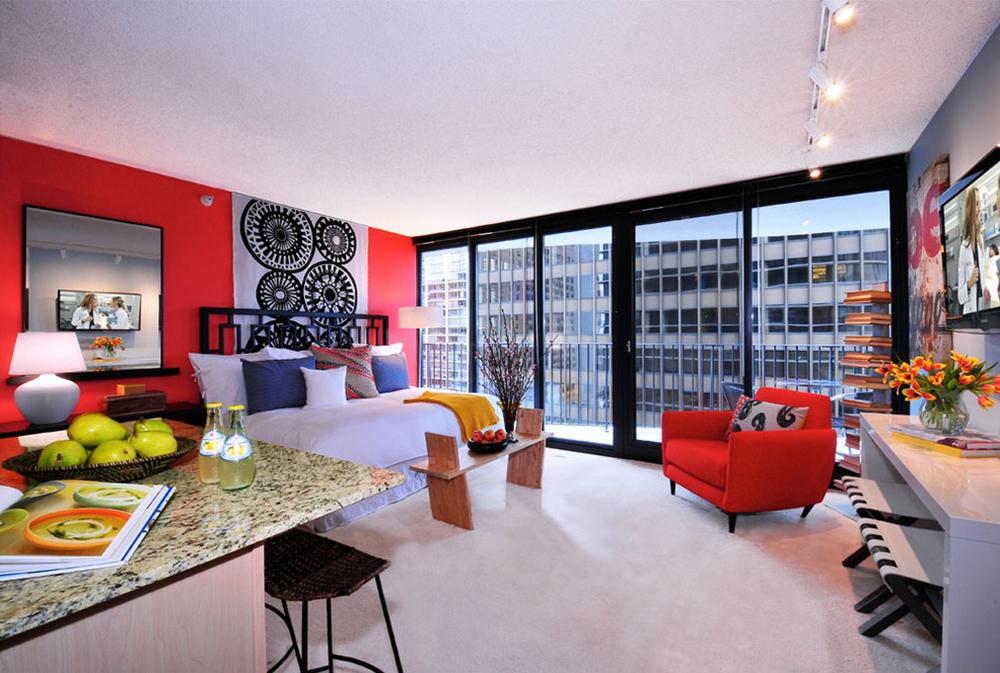 Aqua-Studio-lägenhet-av-Mary-Cook Röda sovrumsidéer: dekor, väggar, färg och möbler