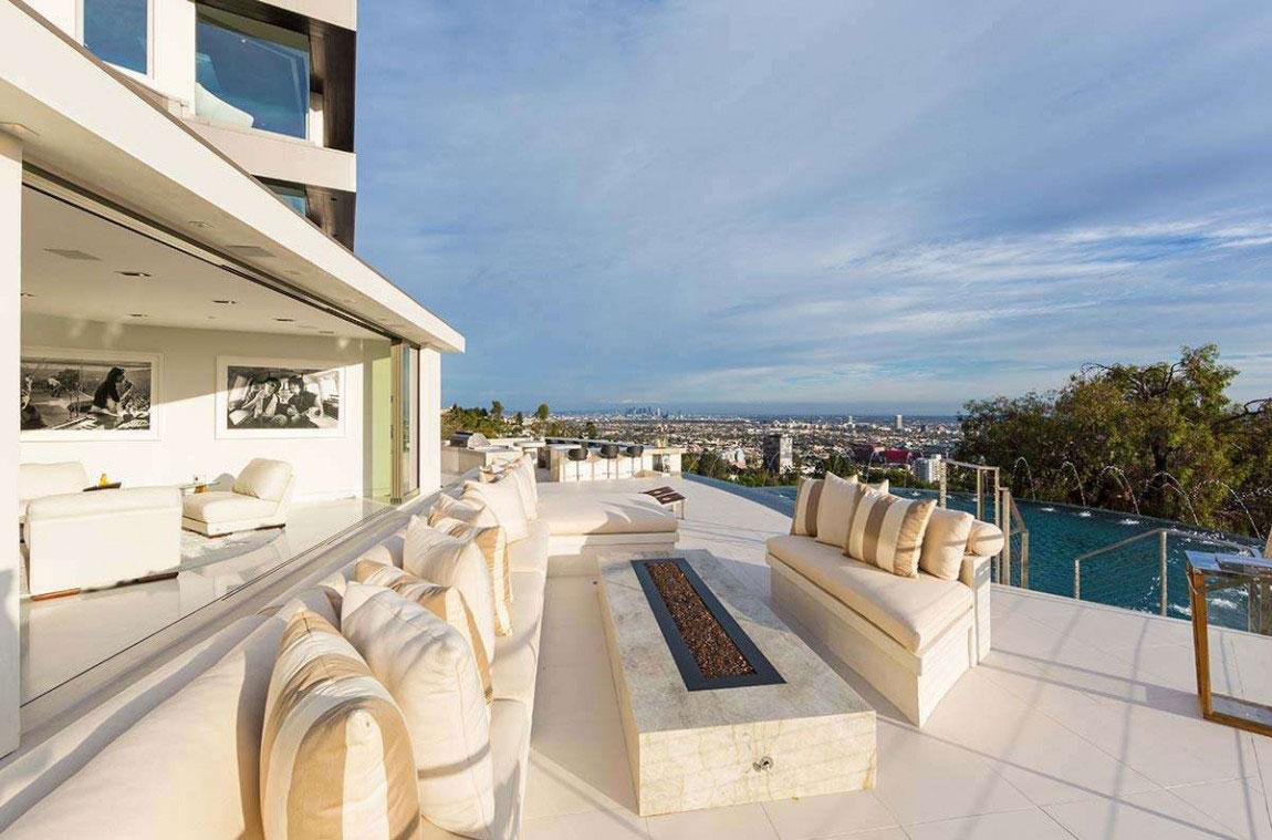 A-modern-dröm-hem-i-Kalifornien-med-hisnande-vyer-3 Ett modernt drömhus i Kalifornien med fantastisk utsikt
