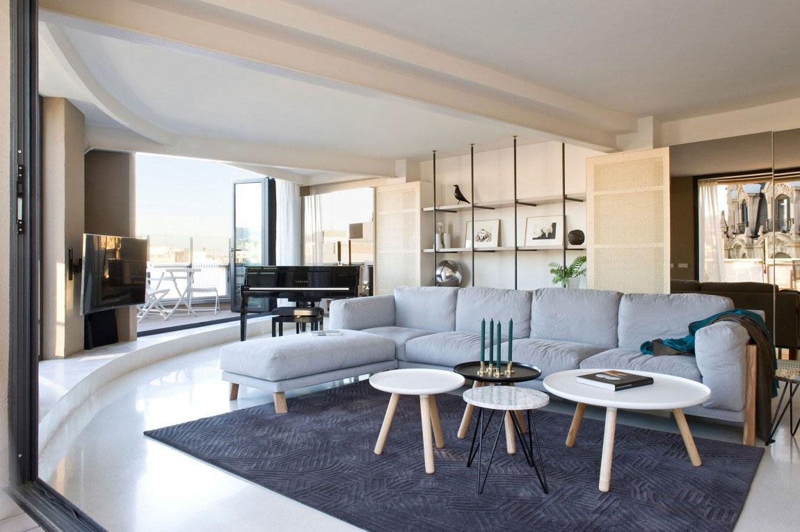 Rymlig takvåning-med-en-fin-balans-mellan-möbler-och-interiör-dekorationer-2 Rymlig takvåning med-en-fin-balans-mellan-möbler-och-interiör-dekorationer