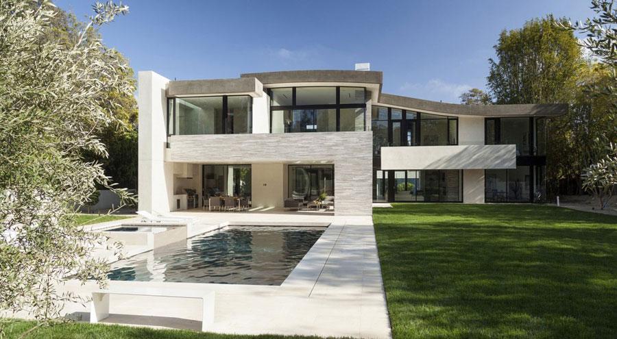 San Vincente House 2 Homes med vacker arkitektur och inredning av McClean Design