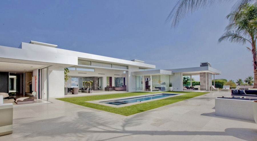 Beverly Hills Home 2 Homes med vacker arkitektur och interiörer av McClean Design