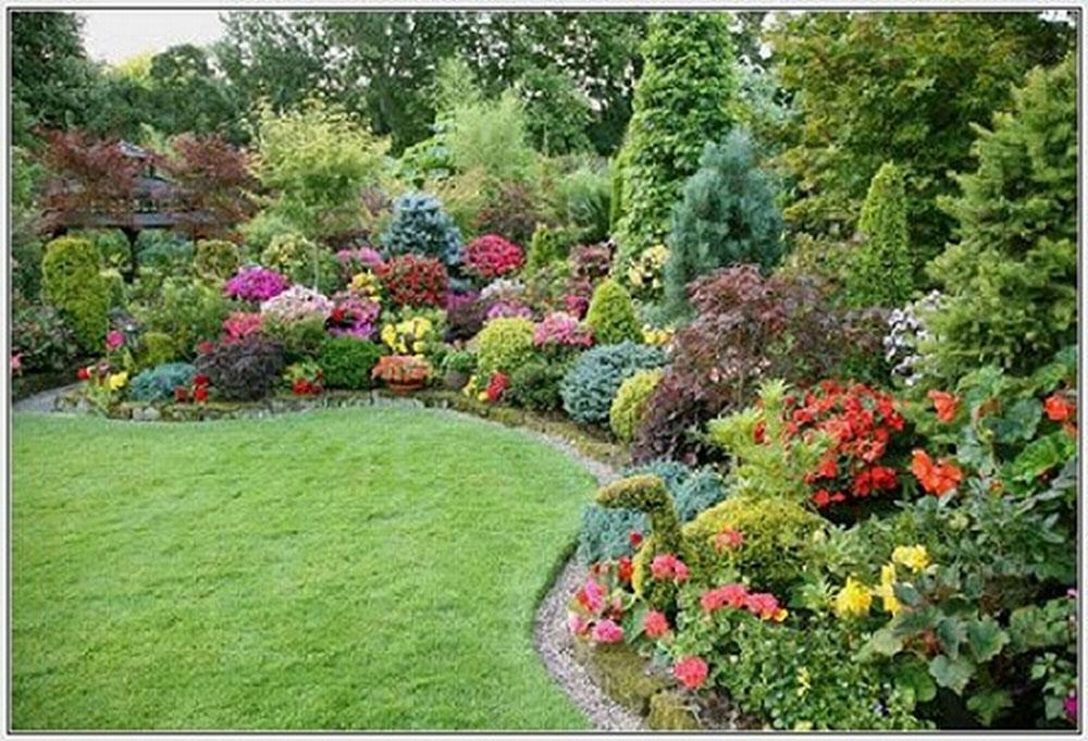 A-Showcase-Of-Beautiful-House-Yards-12 En Showcase of Beautiful House Yards