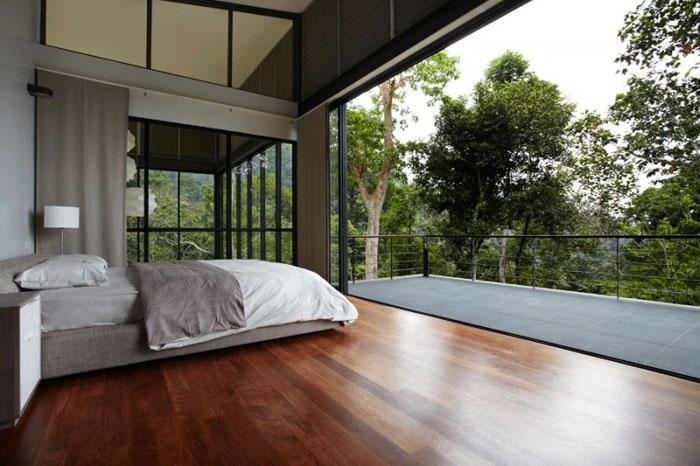 73517673343 Vackert däckhus i skogen designad av Choo Gim Wah Architect