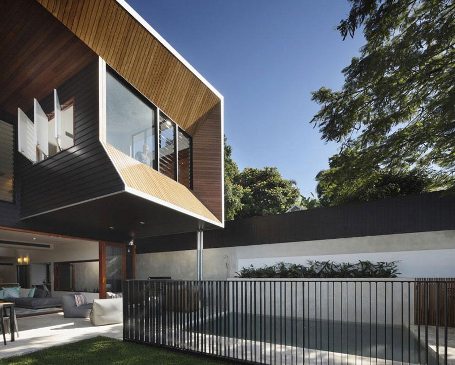 2 Modernt hem byggt med beundransvärt hantverk och omsorg