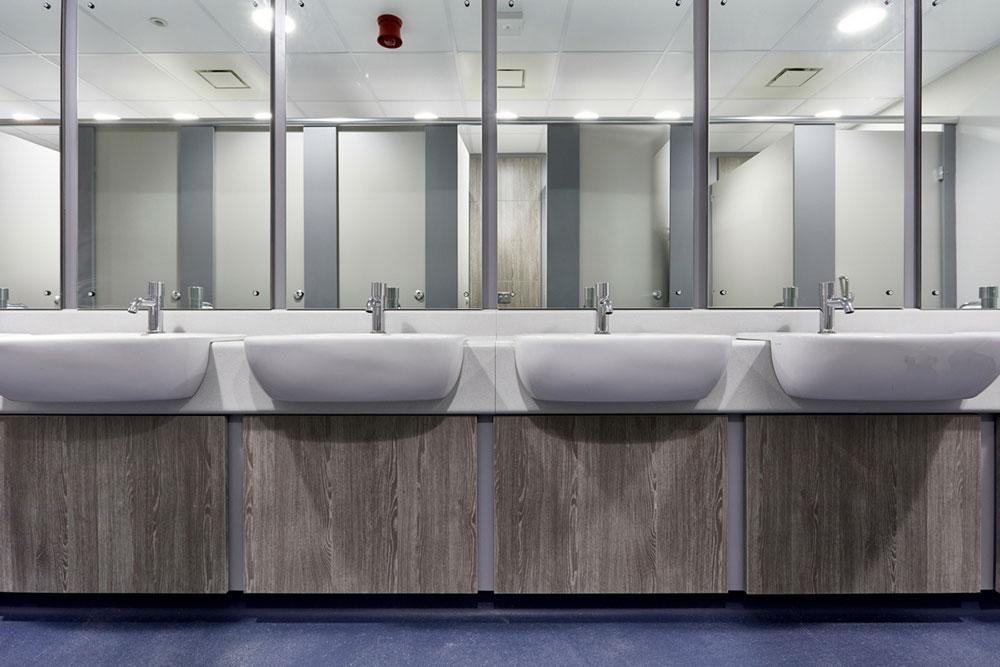 Untitled-design-13 Hur du säkerställer renheten i ditt kontorstvättrum