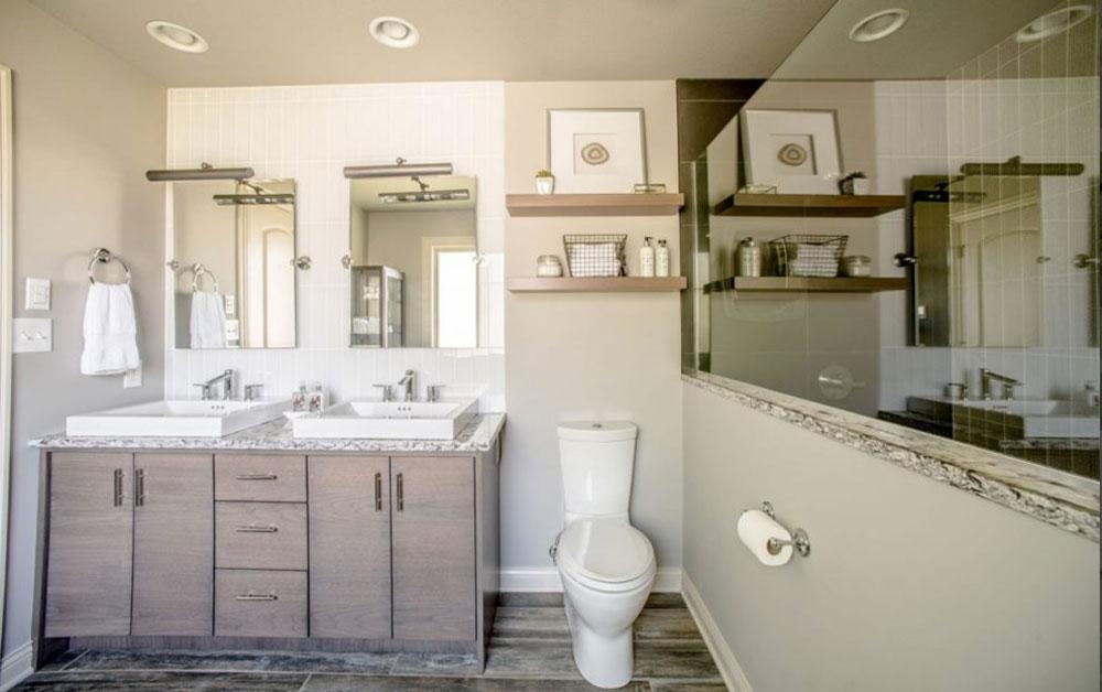 White-Farmhouse-Bathroom-by-Midwest-Remodeling-Restoration Farmhouse-badrum: dekor, idéer, belysning och stil