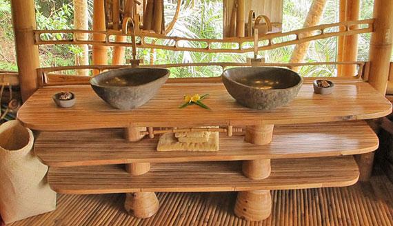 bal18 Miljövänliga hus som en del av en grön by på Bali Designad av Ibuku Studio