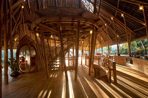 bal4 Miljövänliga hus som en del av en grön by på Bali Designad av Ibuku Studio
