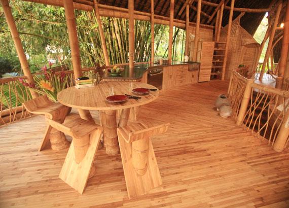 bal9 Miljövänliga hus som en del av en grön by på Bali Designad av Ibuku Studio