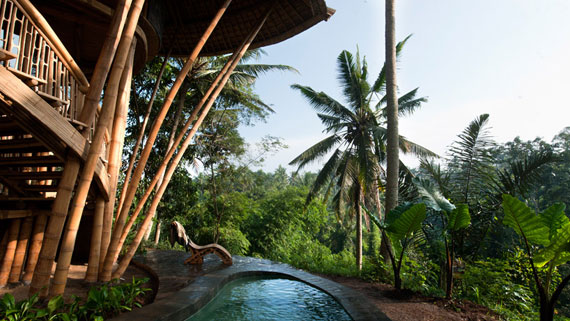 bal24 Miljövänliga hus som en del av en grön by på Bali Designad av Ibuku Studio