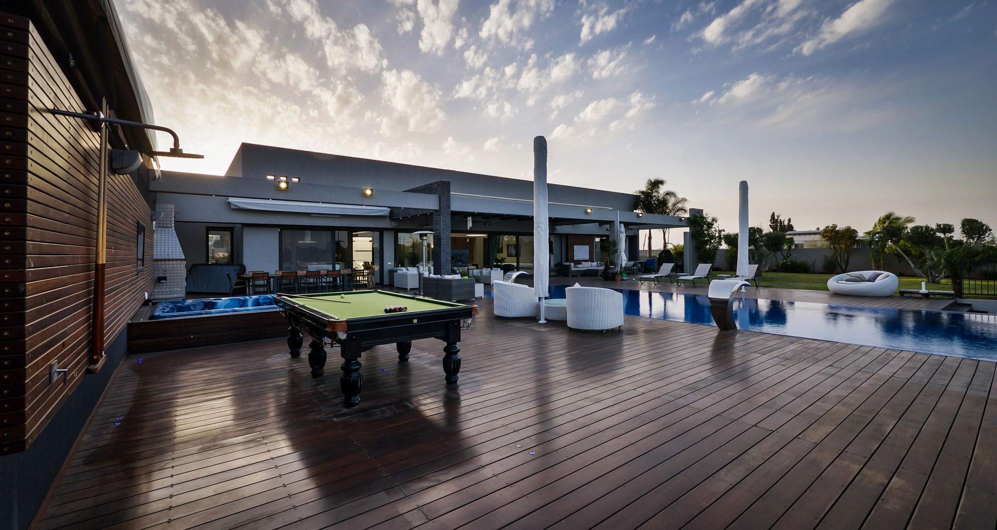 Lyxig-villa-med-en-samtida-design-från-Israel-16 Lyxig villa med modern design från Israel