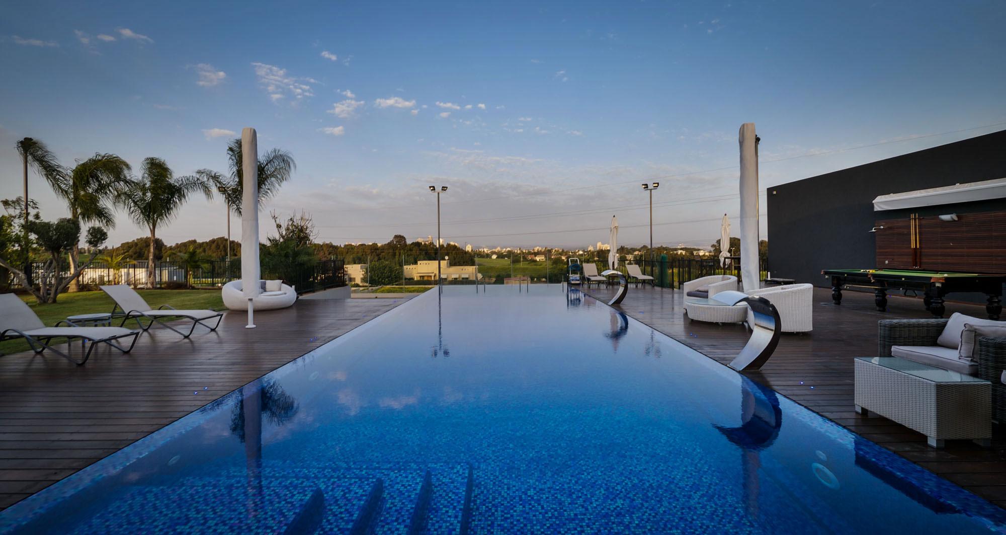 Lyxig-villa-med-en-samtida-design-från-Israel-17 Lyxig villa med modern design från Israel