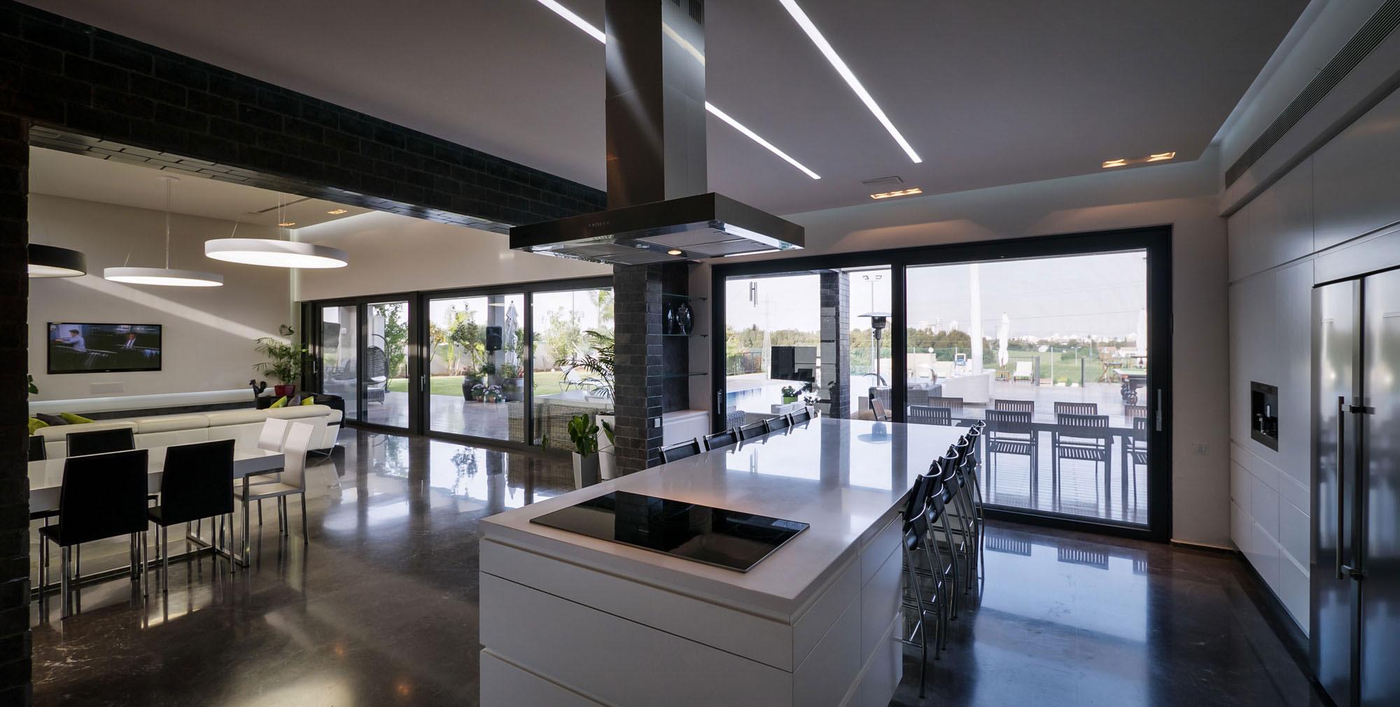 Lyxig-villa-med-en-samtida-design-från-Israel-11 Lyxig villa med modern design från Israel