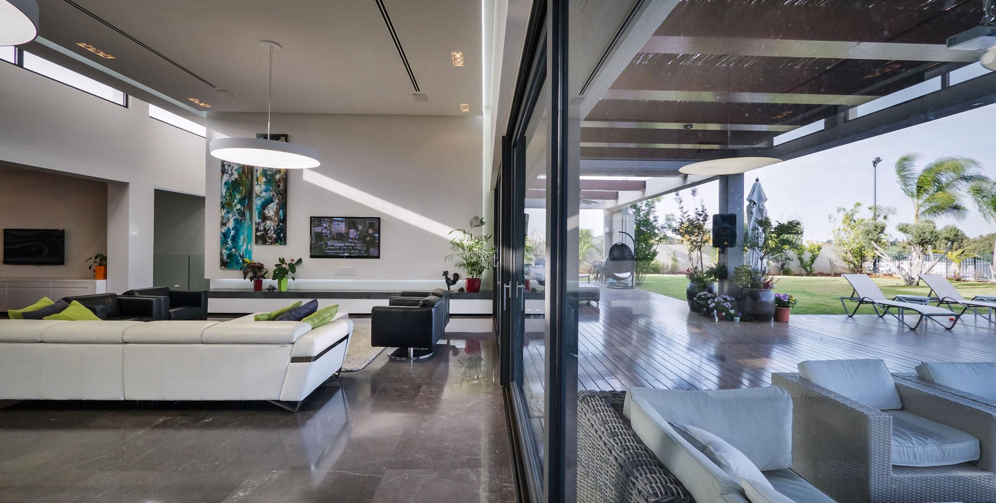 Lyxig-villa-med-en-samtida-design-från-Israel-6 Lyxig villa med modern design från Israel