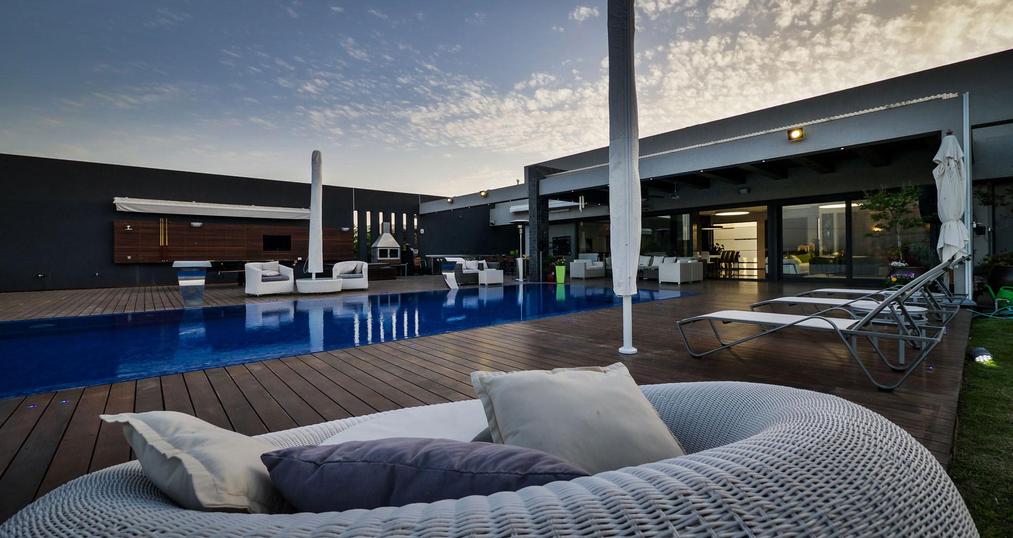 Lyxig-villa-med-en-samtida-design-från-Israel-10 Lyxig villa-med-en-samtida-design från Israel