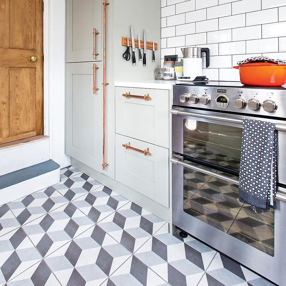 Geometriska golvplattor-Köksgolv-idéer-Jonathan-Jones En nybörjarguide för köksplattor