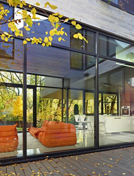 50421532142 Cedarvale House designat av Drew Mandel Architects