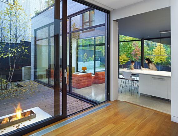 50421594518 Cedarvale House designat av Drew Mandel Architects