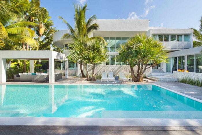 73200590942 Det vackra och lyxiga, luftiga hemmet i Key Biscayne