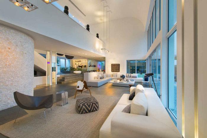73200616257 Vackert och lyxigt luftigt hem i Key Biscayne