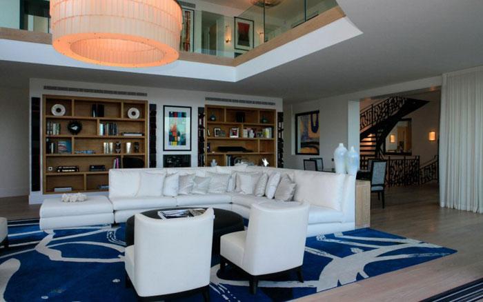 82284432237 Lyxig villa vid havet med fantastisk utsikt