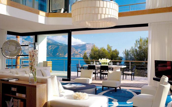 82284838466 Lyxig villa vid havet med fantastisk utsikt