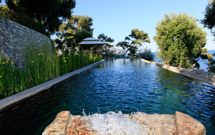 82284419827 Lyxig villa vid havet med fantastisk utsikt