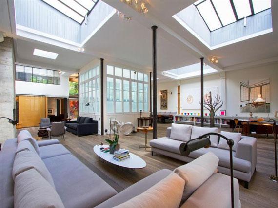 Paris2 Trevlig och rymlig takvåning i Paris med målat tak