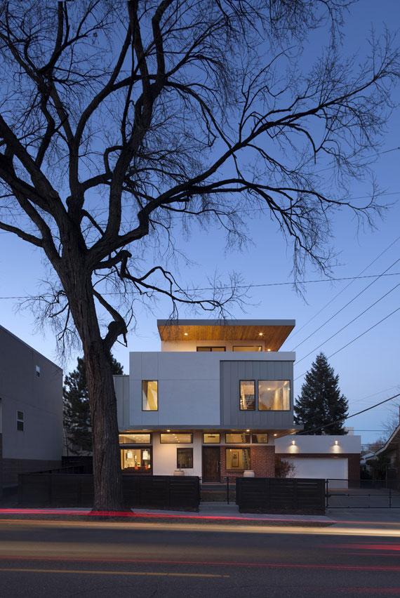 49184015681 Shift Top House designat av Meridian 105 Architecture