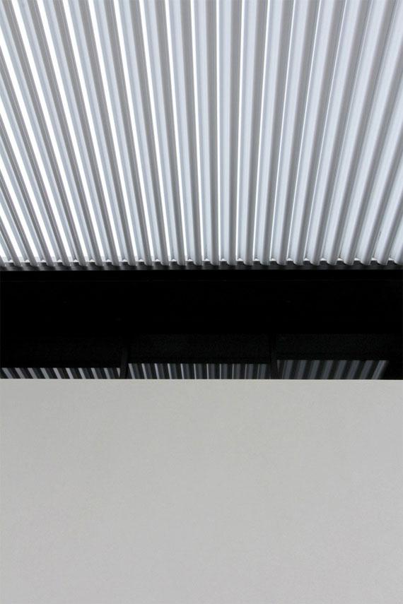 cls21 Modernt svartvitt drömhus: Lucerne House av Daniel Marshall Architects