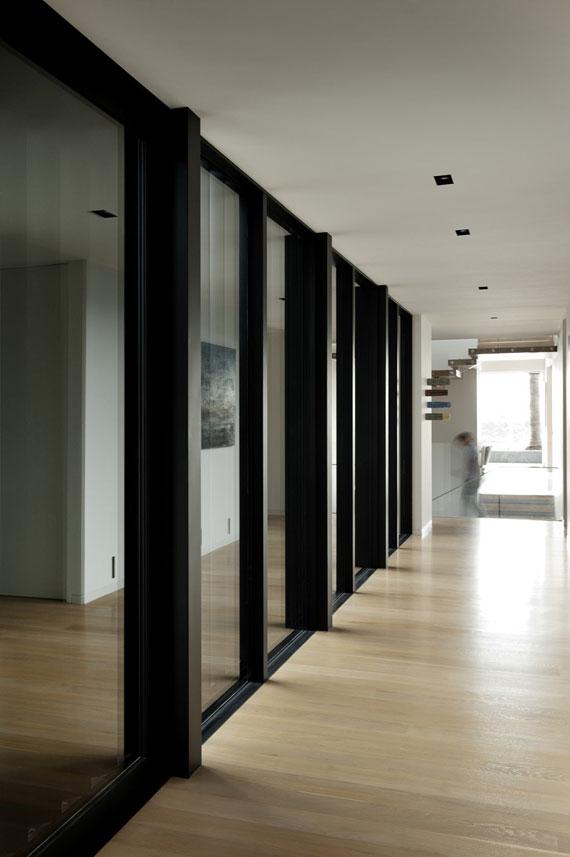 cls17 Modernt svartvitt drömhus: Lucerne House av Daniel Marshall Architects