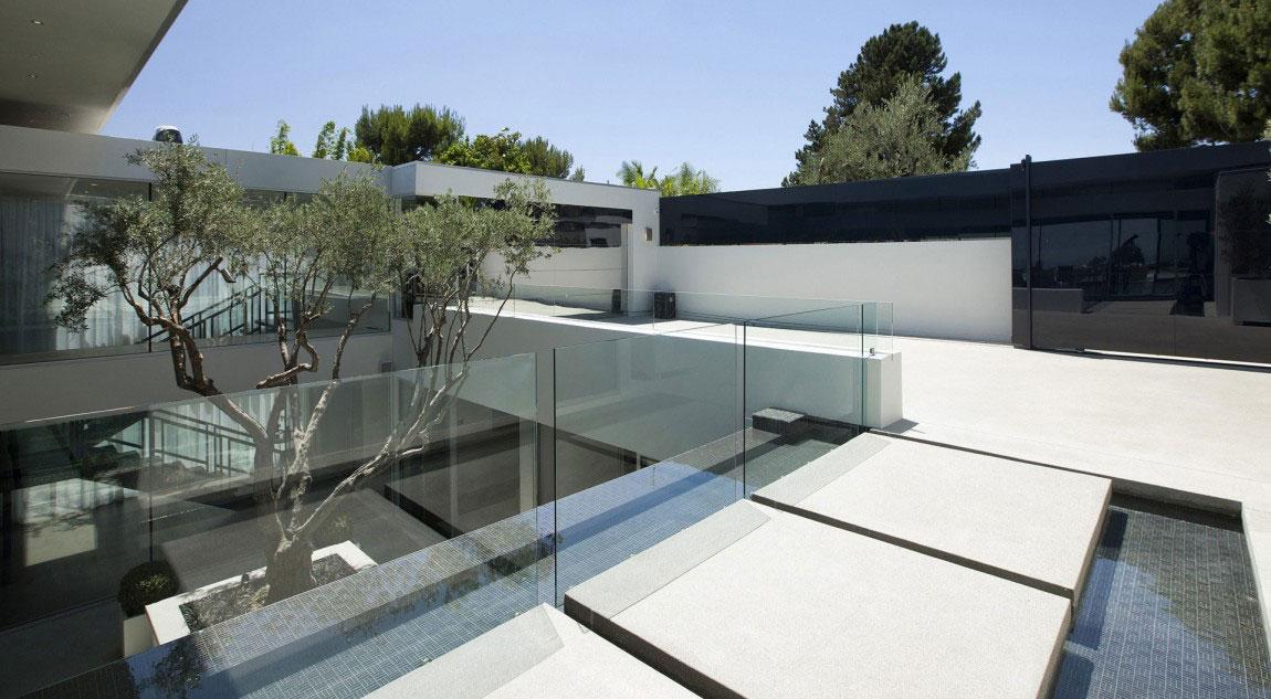 A-Wonderful-Luxury-Contemporary-House-Designed-By-McClean-Design-2 A Wonderful Luxury Contemporary House Designed by McClean Design