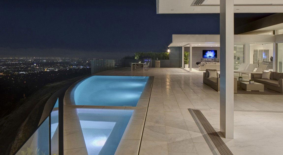 A-Wonderful-Luxury-Contemporary-House-Designed-By-McClean-Design-18 A Wonderful Luxury Contemporary House Designed by McClean Design
