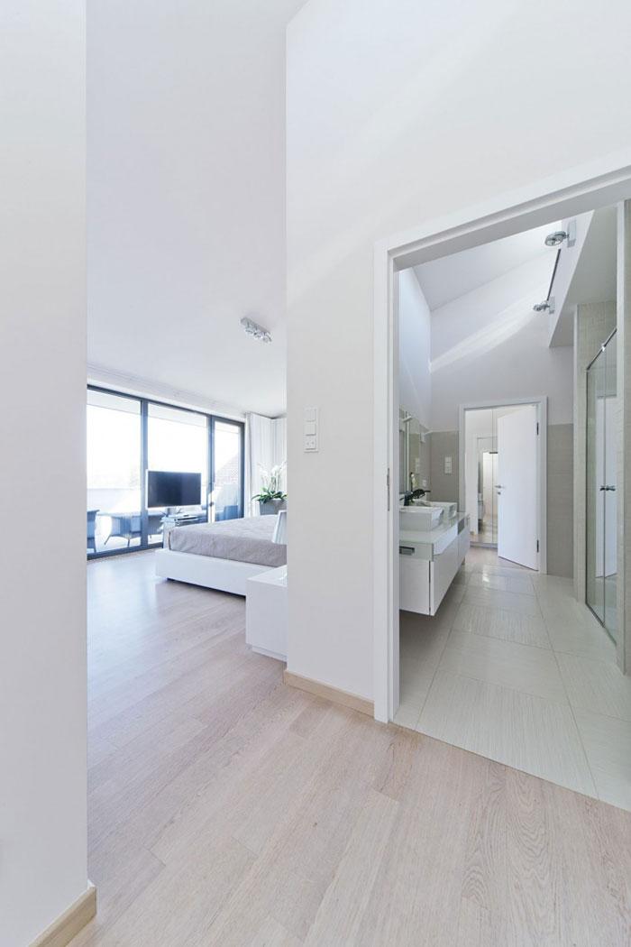 81677593667 Modernt sommelierhus designat av Sandor Duzs och Architema