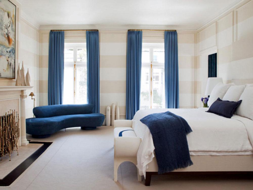 Det alls inte extravaganta sovrummet med randiga väggar-3 Det alls inte extravaganta sovrummet med randiga väggar