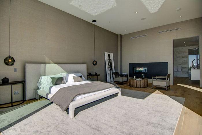 79966308428 Fantastiskt Los Angeles-hem med fantastisk utsikt från La Kaza och Meridith Baer Home