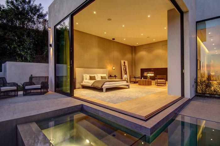79966429087 Fantastiskt Los Angeles hem med fantastisk utsikt från La Kaza och Meridith Baer Home