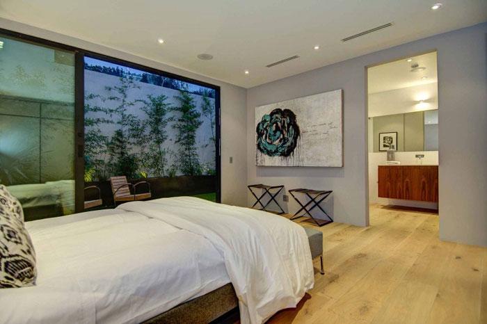 79966364767 Fantastiskt Los Angeles-hem med fantastisk utsikt från La Kaza och Meridith Baer Home