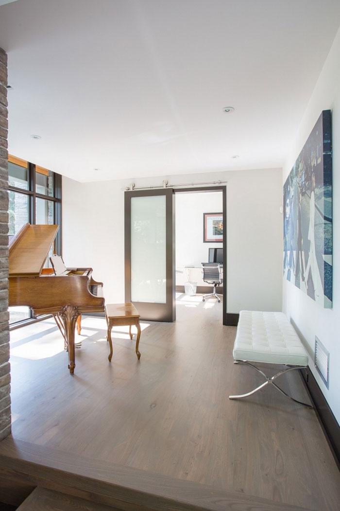 80870754221 David's House - Ett modernt hem med en traditionell twist