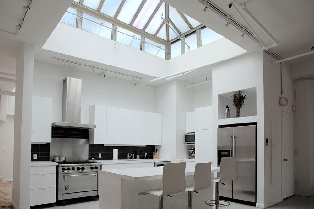Kök med takfönster för mer naturligt ljus 10 kök med takfönster för mer naturligt ljus