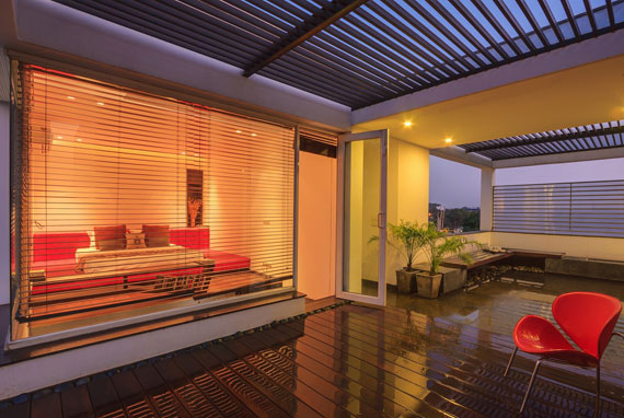 52878083346 Modernt, elegant och termiskt effektivt hem i New Delhi