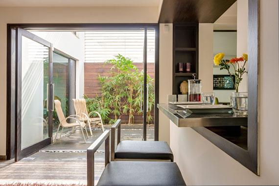 52878320093 Modernt, elegant och termiskt effektivt hem i New Delhi
