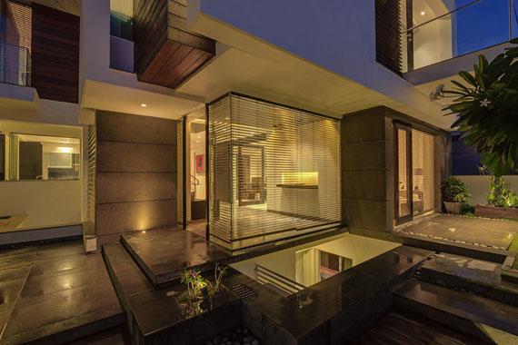 52878095971 Modernt, elegant och termiskt effektivt hem i New Delhi