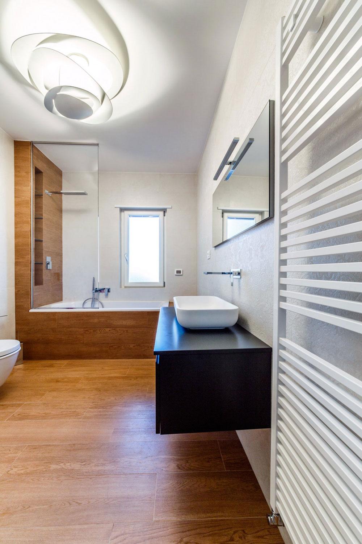 Letar du efter inspiration för modern badrumsinredning 10 Letar du efter inspiration för modern badrumsinredning?