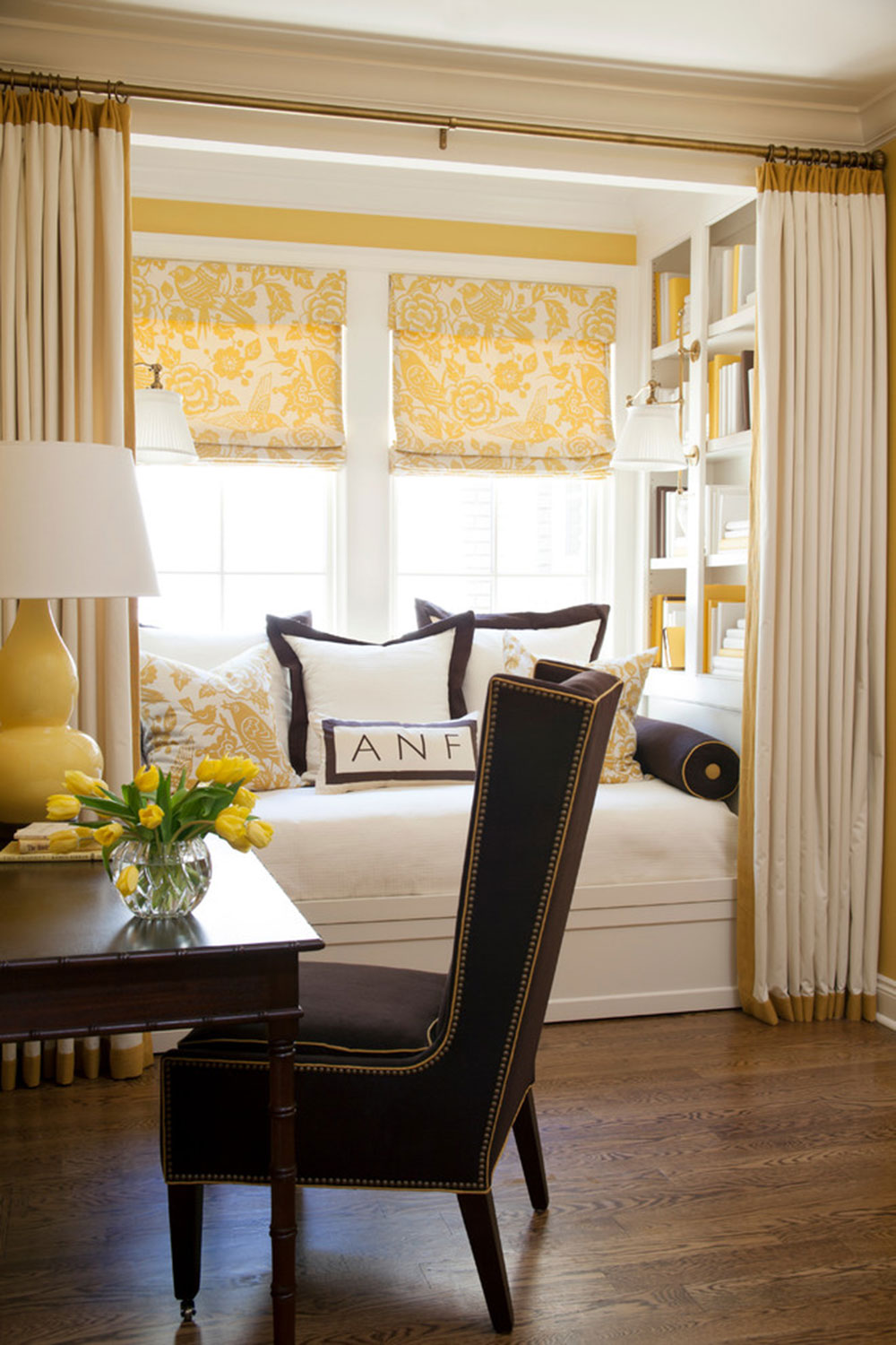 Homey-Feelings-With-These-Bay-Window-Decor-16 bay window decor to try out in your home