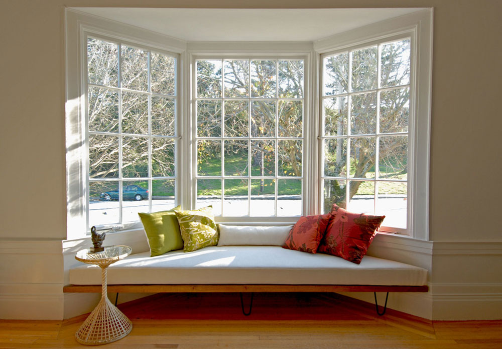 Homey-Feelings-With-These-Bay-Window-Decor-3 bay window decor to try out in your home