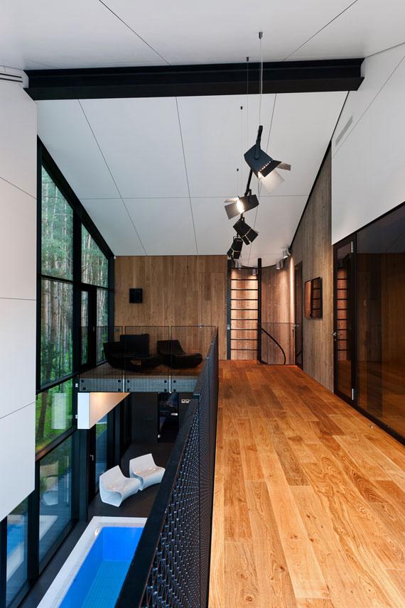 52215076644 Fantastiskt designat hus bland tallarna i Vilnius